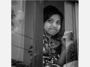 Girl in Bus (Yangon 2014)