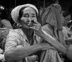 Cheroot smoker (2014 Bagan, Myanmar)