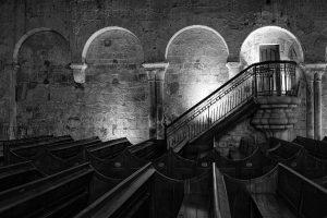 Pews & Stairs (Dinan, 2019)